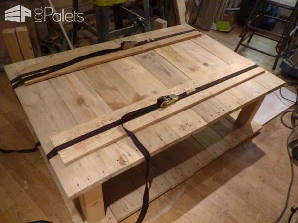 Table basse bois de grosse palette coffee table with king size pallet 100 - Fabrication table basse palette ...