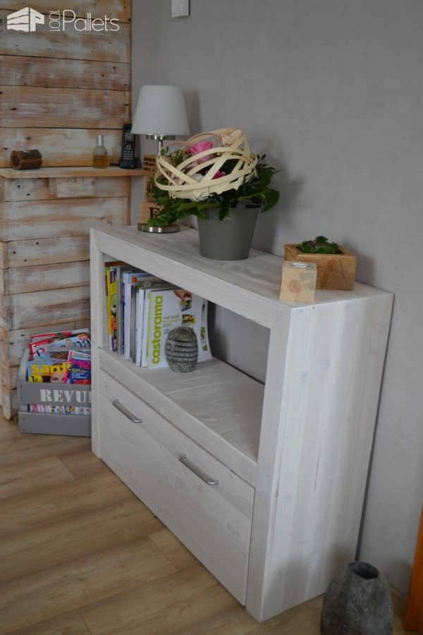 Upcycled Pallet Console Pallet Cabinets & Pallet Wardrobes