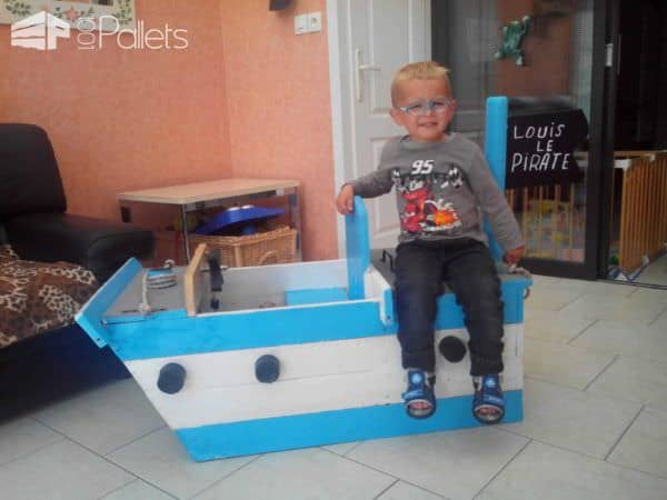 Bateau Pirate / Kids Pirate Ship Made From Pallets Fun Pallet Crafts for Kids
