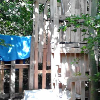 Camp Shower With Repurposed Pallets