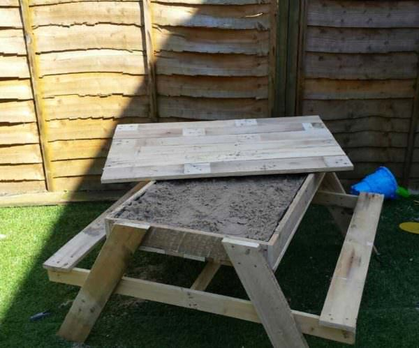 Kids Sandpit & Picnic Table Fun Pallet Crafts for Kids Pallet Desks & Pallet Tables
