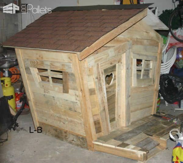 La Cabane Des Enfants / Pallet Kid's Hut Fun Pallet Crafts for Kids Pallet Sheds, Pallet Cabins, Pallet Huts & Pallet Playhouses