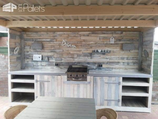 Must-see Pallet Outdoor Dream Kitchen Pallet Bars