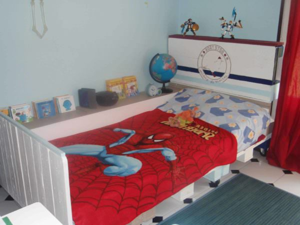 Pallet Bed for Kids DIY Pallet Bedroom - Pallet Bed Frames & Pallet Headboards