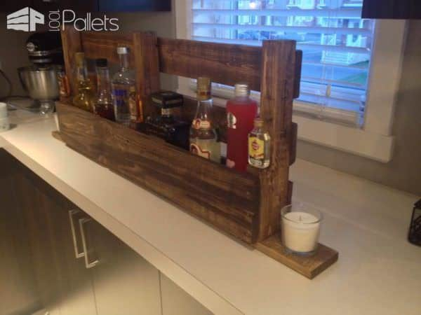 Pallet Bottles Rack / Shelf Pallet Shelves & Pallet Coat Hangers