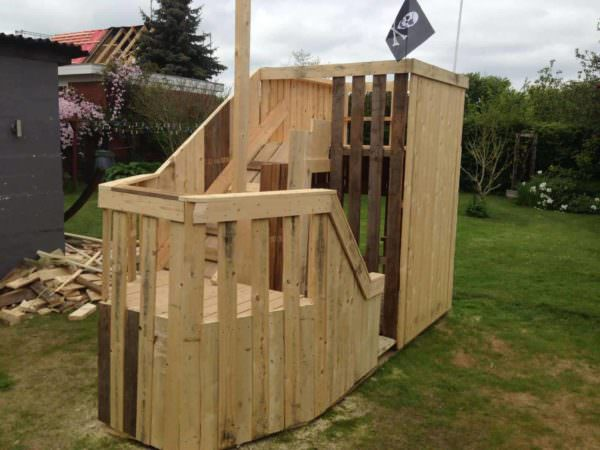 Pallet Pirateship Fun Pallet Crafts for Kids Pallet Sheds, Pallet Cabins, Pallet Huts & Pallet Playhouses