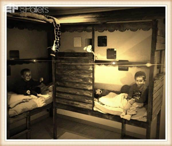 Pallet Twins Beds Fun Pallet Crafts for Kids