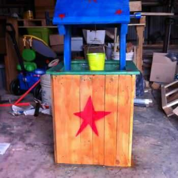 Pallet Wishing Well For Kids