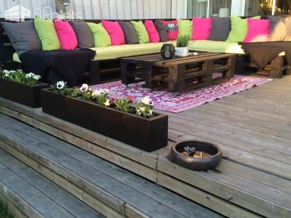 Pallets Couch Lounges & Garden Sets