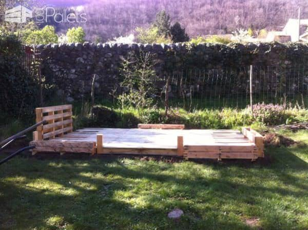 Terrace Made Out Of 22 Recycled Pallets Pallet Terraces & Pallet Patios