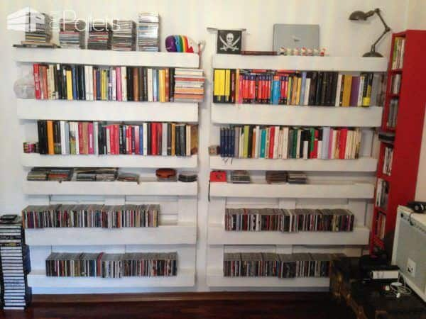 The Easiest Bookshelf: Made From One Single Pallet Pallet Bookcases & Bookshelves