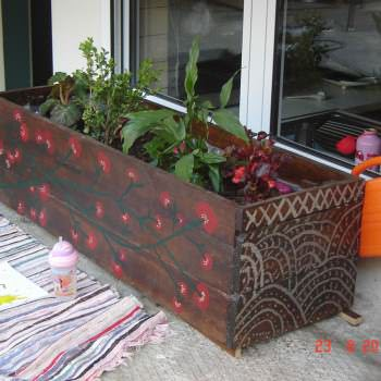 Planter Box From Recycled Pallets