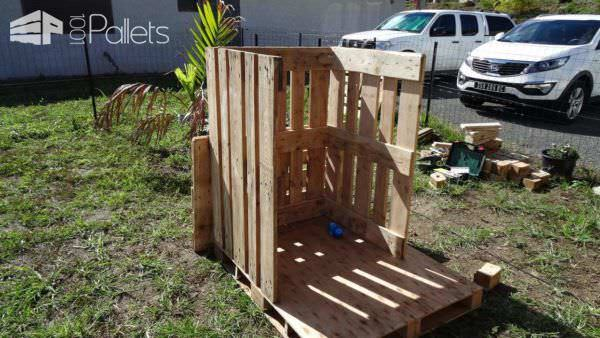 Cabane Princesse En Palettes / Small Pallet Princess Hut Fun Pallet Crafts for Kids Pallet Sheds, Pallet Cabins, Pallet Huts & Pallet Playhouses
