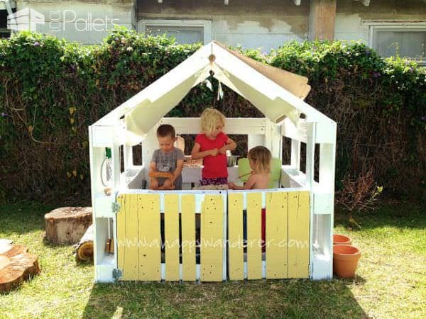 Inspired Pallet Kids Playhouse1