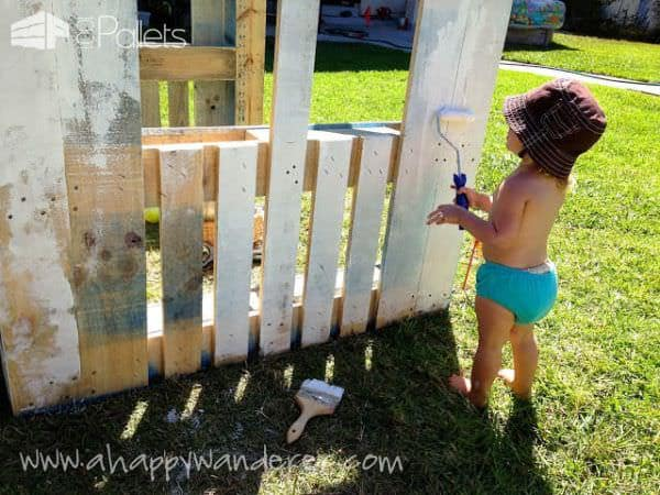 Inspired Pallet Kids Playhouse7