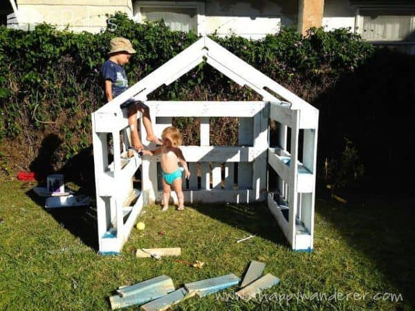 Inspired Pallet Kids Playhouse6