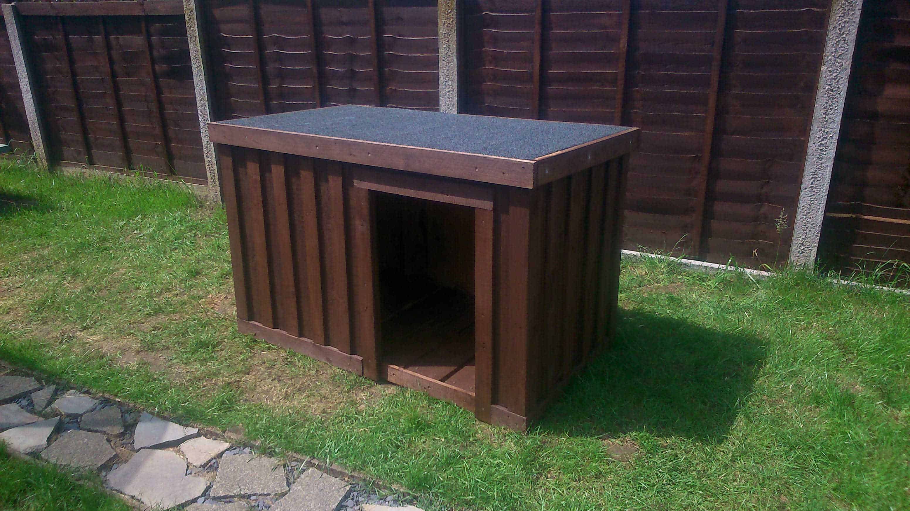 Repurposed Dog Kennel From Repurposed Pallets O Pallet Ideas O 1001 Pallets