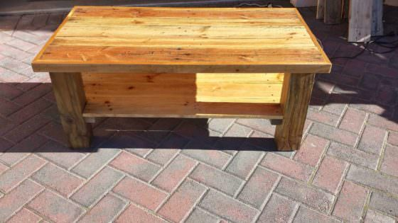 Just Another Pallet Table • 1001 Pallets