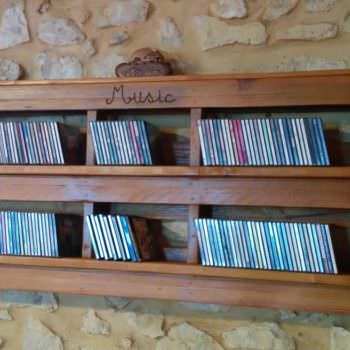 Pallet Cd Shelf