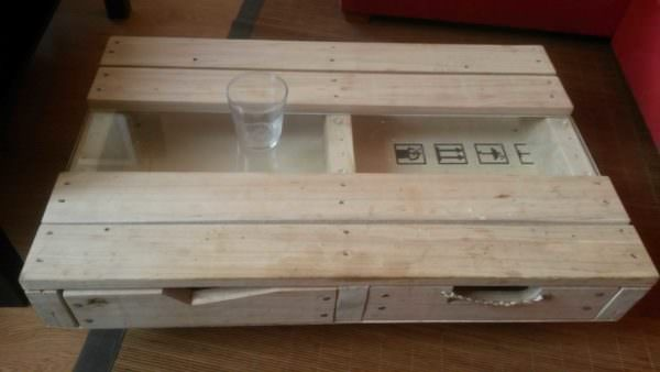 Pallet & Glass Coffee Table With Drawers Pallet Coffee Tables