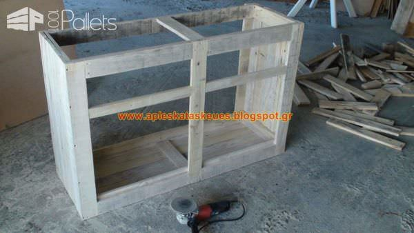 pallet sideboard by alex 1001 pallets. Black Bedroom Furniture Sets. Home Design Ideas