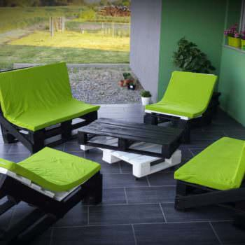 Pallet Terrace - Black & Green Combination