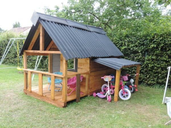 maison de jardin pour enfant pallets kids house 1001 pallets. Black Bedroom Furniture Sets. Home Design Ideas