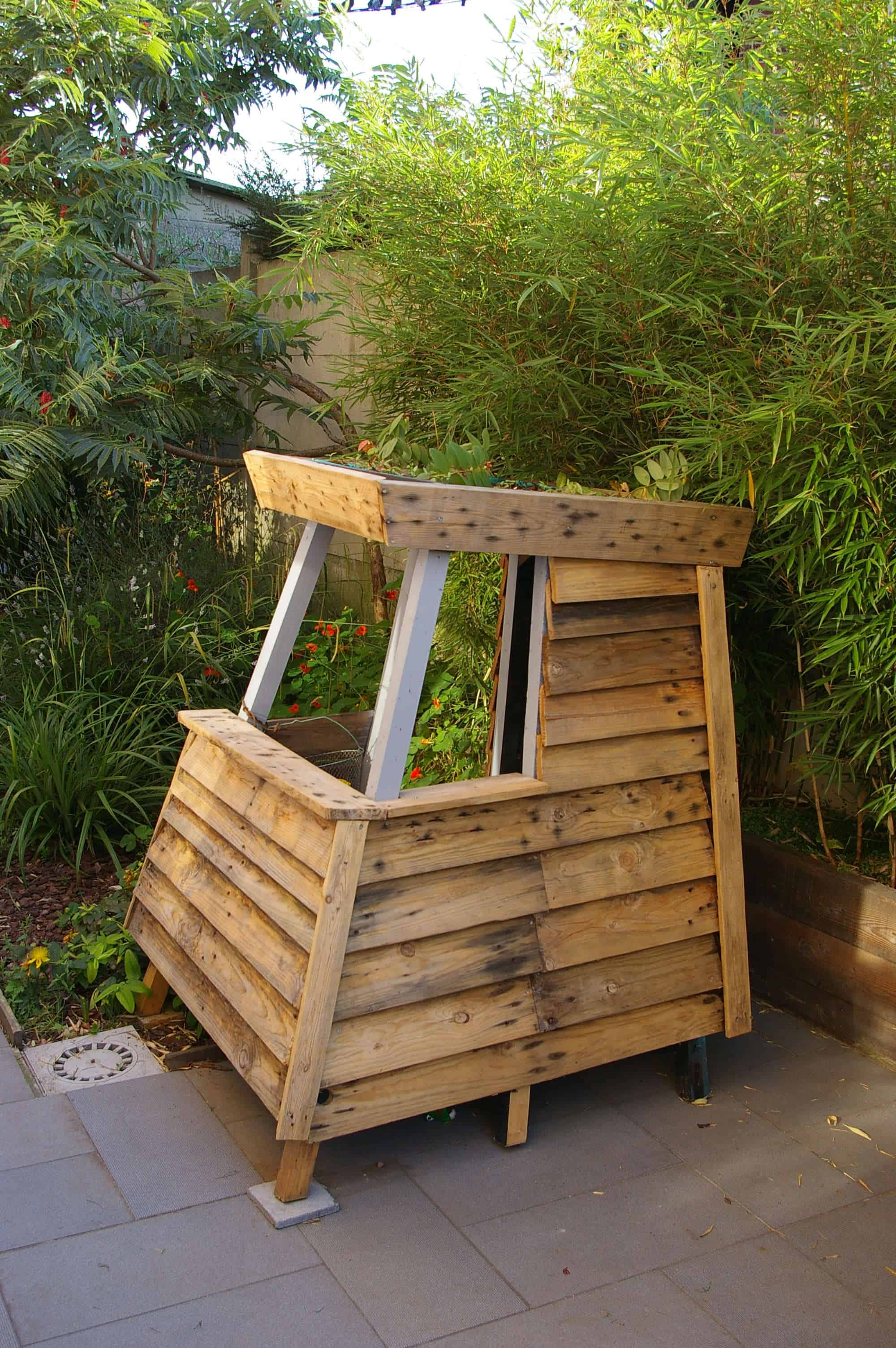 Mk House Kids Playhouse From Recycled Pallets 1001 Pallets