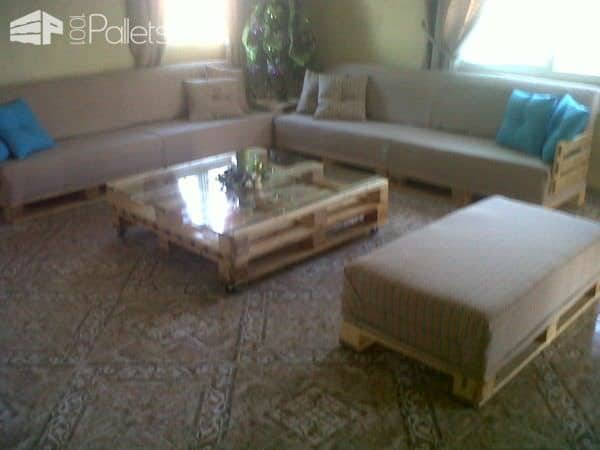 My First Pallet Projects Pallet Coffee TablesPallet Sofas & Couches