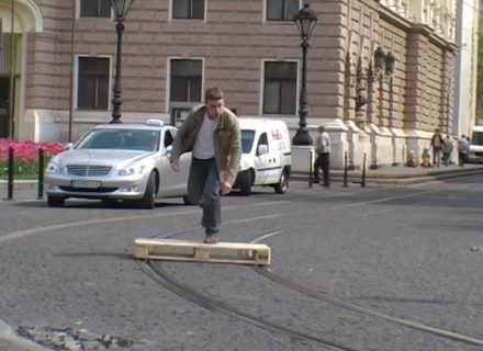 Trolley-line Pallet Skateboarding Performance!