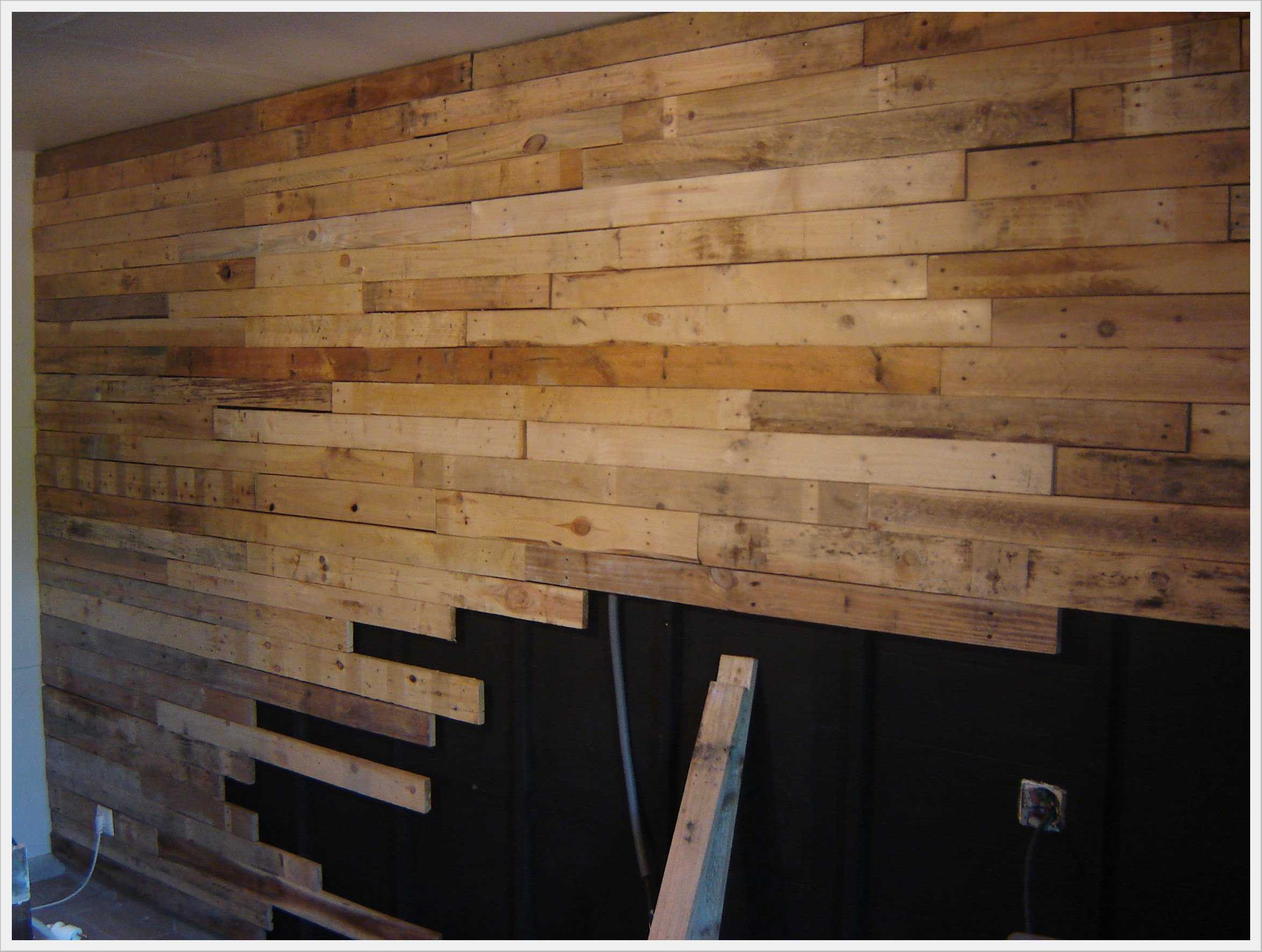 R 233 alisation d un mur en planches de palettes wall made out of 120