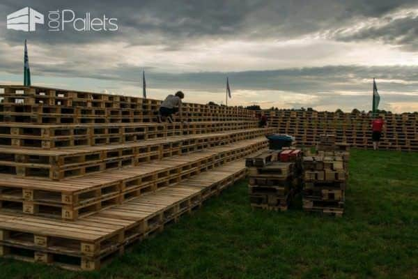 Fire Pit Made Out Of 3000 Wooden Pallets Pallet Flooring