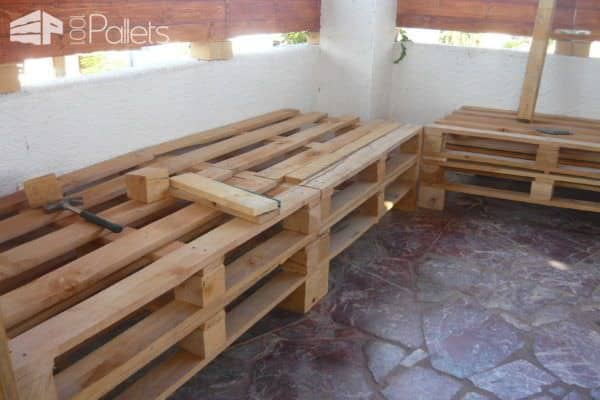 Lunch Corner Made From Discarded Pallets Lounges & Garden Sets