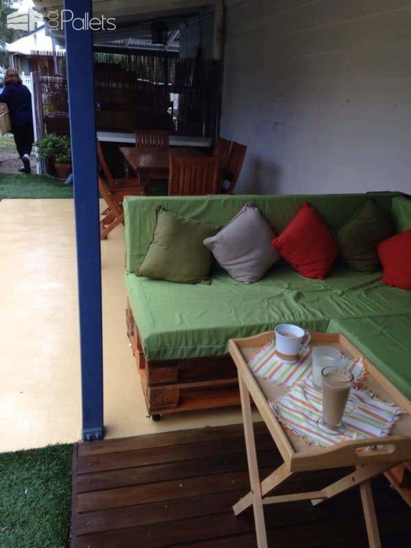 Pallet Couch / Daybed Lounges & Garden Sets
