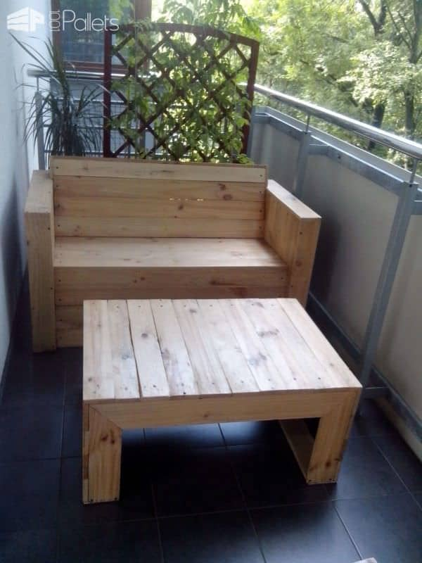 My first project with recycled pallets Pallet Benches, Pallet Chairs & Pallet Stools Pallet Coffee Tables