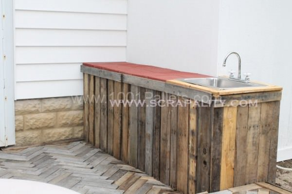 Pallet Counter Lounges & Garden Sets