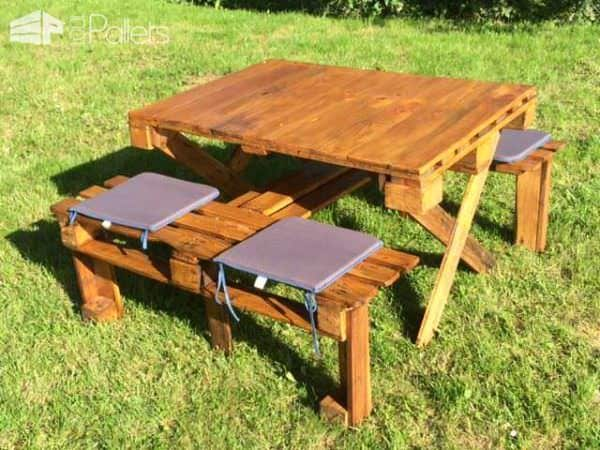 Pallet Table With Integrated Bench For Kids Fun Pallet Crafts for Kids Pallet Desks & Pallet Tables