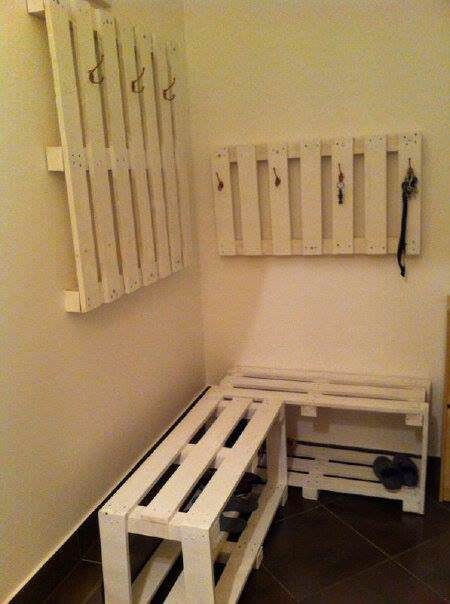 Coat Hanger & Shoe Rack Pallet Shelves & Pallet Coat Hangers
