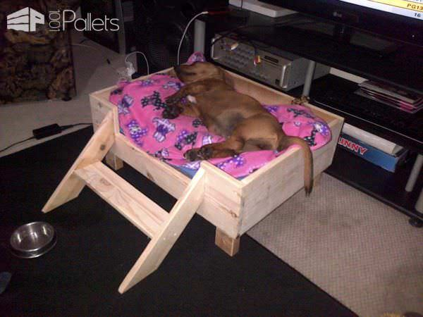 Doggy Pallet Bed Made From Repurposed Pallet Wood Animal Pallet Houses & Pallet Supplies