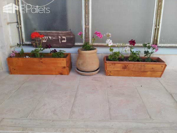 Wooden Pallet Cover For Old Planters Pallet Planters & Pallet Compost