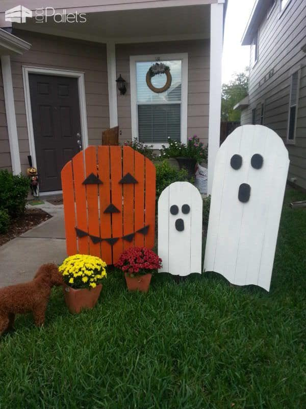 22 superb halloween pallet ideas wooden pumpkins decorations pallet home accessories - Wooden Halloween Decorations