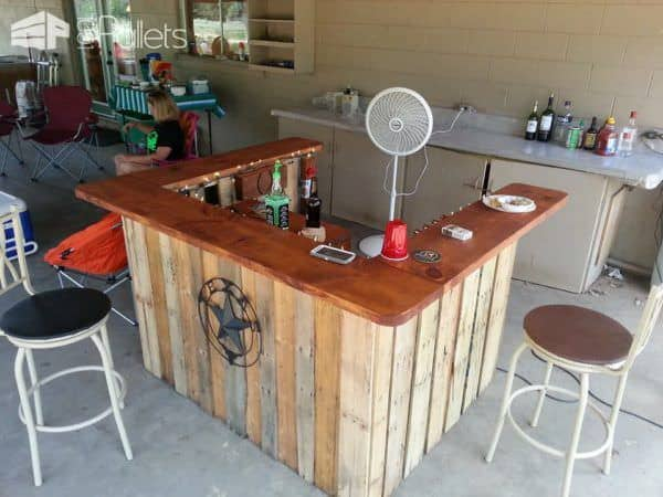 Backyard Pallet Western Themed Bar Pallet Bars