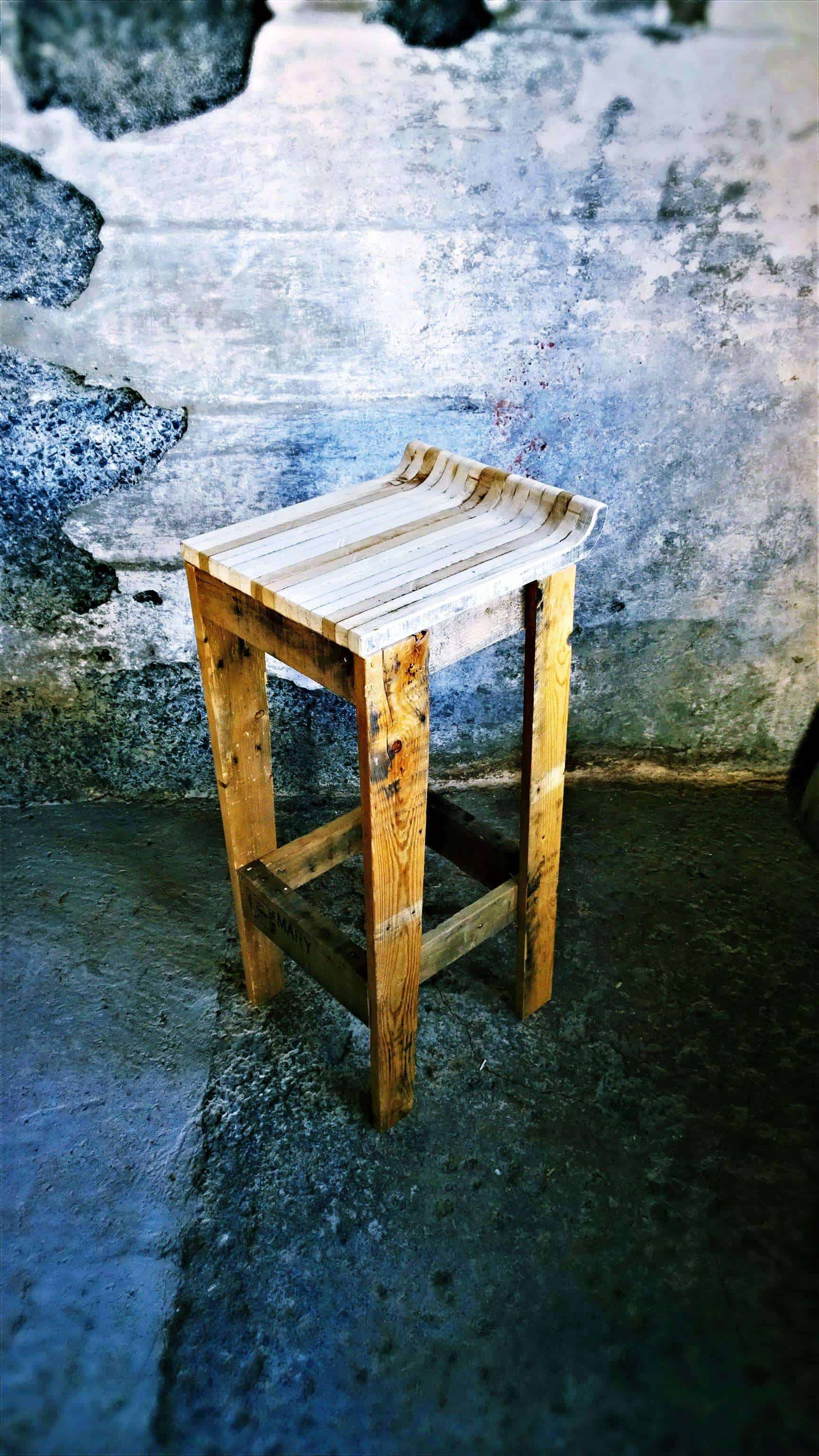 Pallet Bar Stool 1001 Pallets