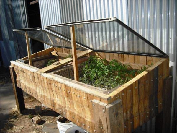 Pallet Garden Hot Bed Pallet Planters & Compost Bins