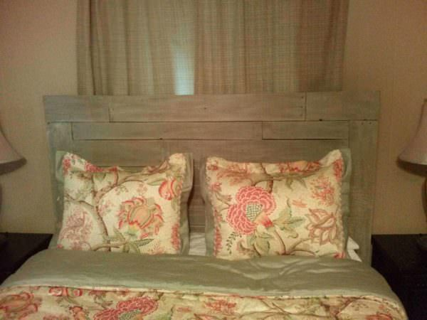 Pallet Headboard DIY Pallet Bedroom - Pallet Bed Frames & Pallet Headboards
