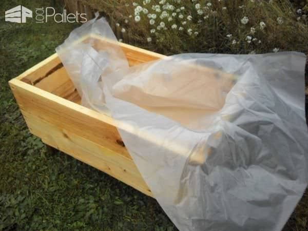 Pallet Wooden Box For Strawberries Pallet Planters & Compost Bins