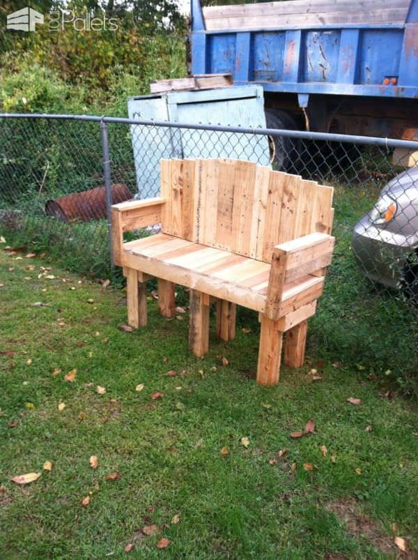 Yard Pallet Love Seat Lounges & Garden SetsPallet Benches, Pallet Chairs & Stools