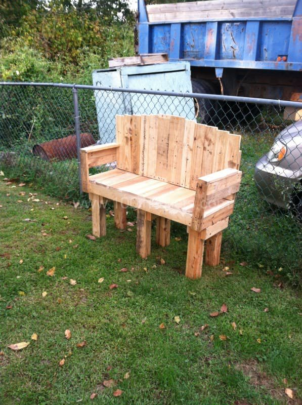 Yard Love Seat Lounges & Garden Sets Pallet Benches, Pallet Chairs & Pallet Stools