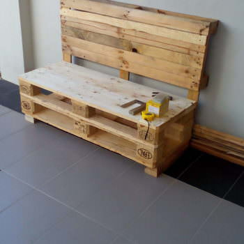 Two Pallets Bench