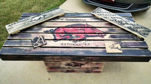 Hog Table Pallet Coffee Tables